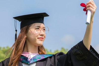 同力申硕在职研究生学费是多少?